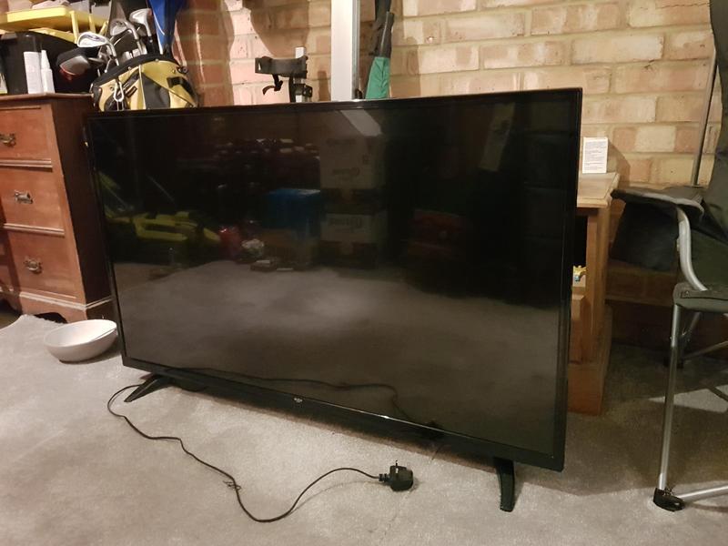 49 inch led bush tv