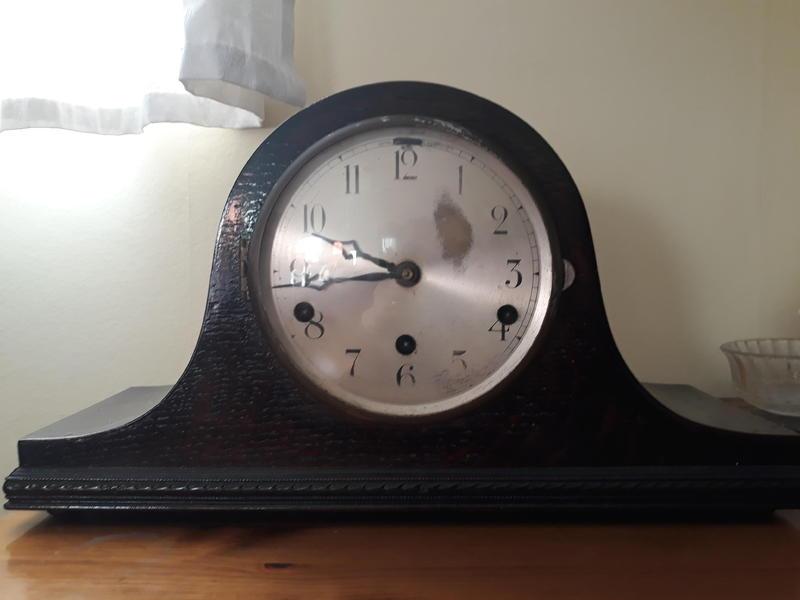 Vintage Napoleon Hat Mantle Clock in need of some repair