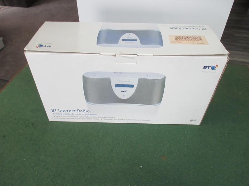 BT Internet Radio with original box and instructions.