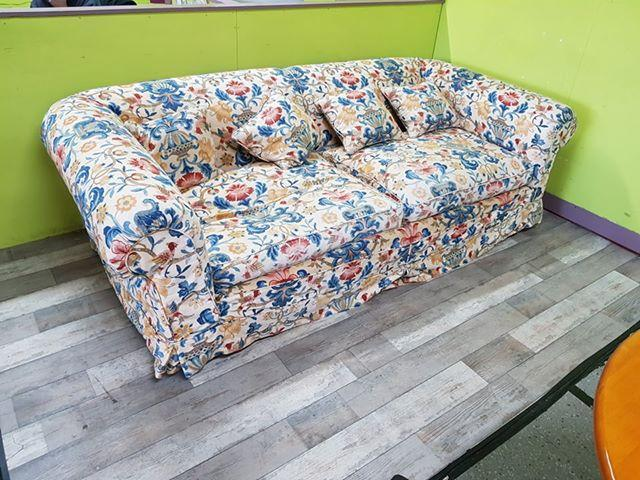 SALE NOW ON - Large 3 / 4 Seater Sofa With Removable Covers