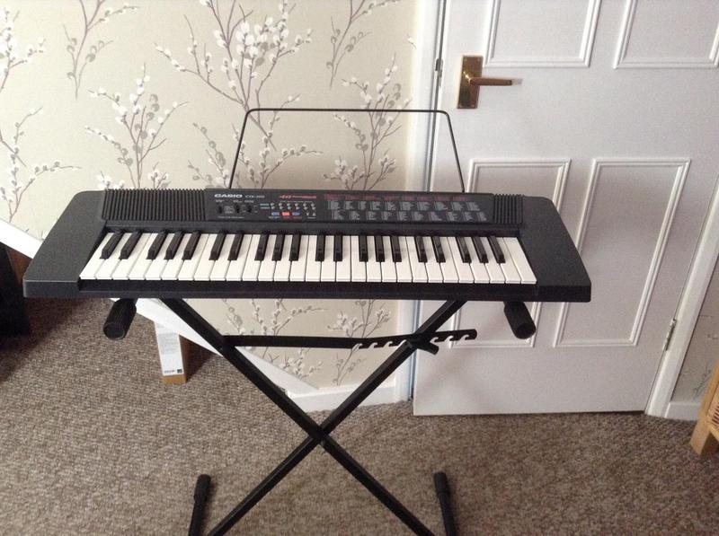 Casio CTK -  Songbank Keyboard, stand and carry case