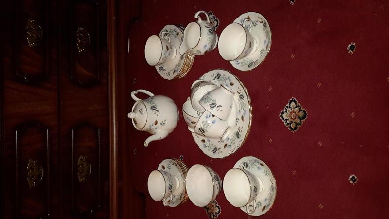 Colclough vintage tea set