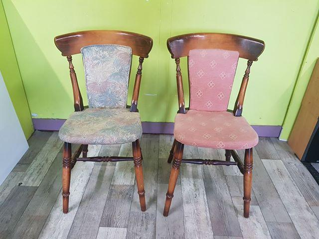 SALE NOW ON - Pair of Solid Oak Dining Chairs - Local