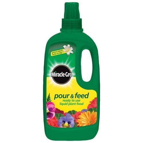 Pour & Feed iquid Plant Food 1 Litre Ready To Use Flowering