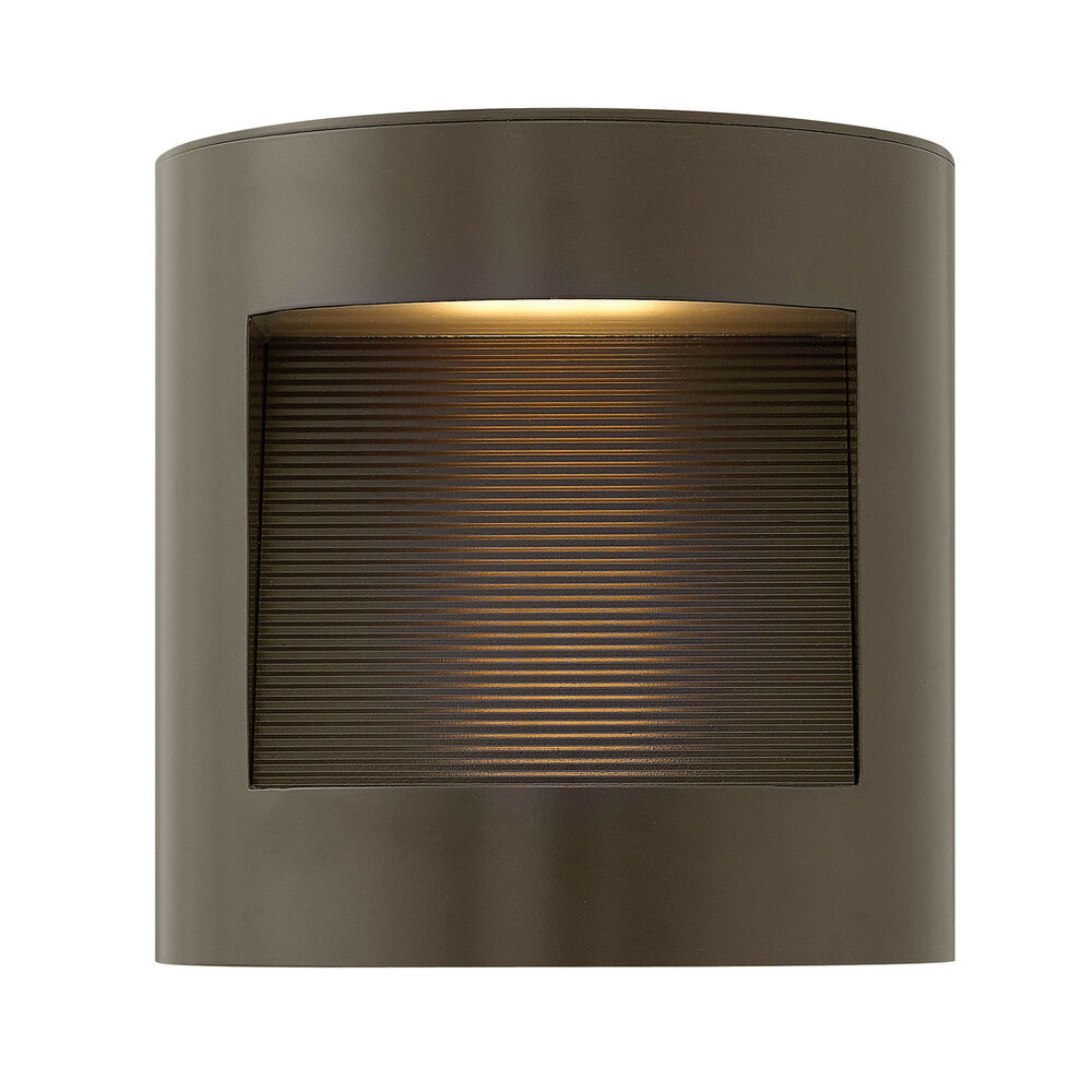 "Hinkley Lighting  Luna Single Light 9"" High Integrated"