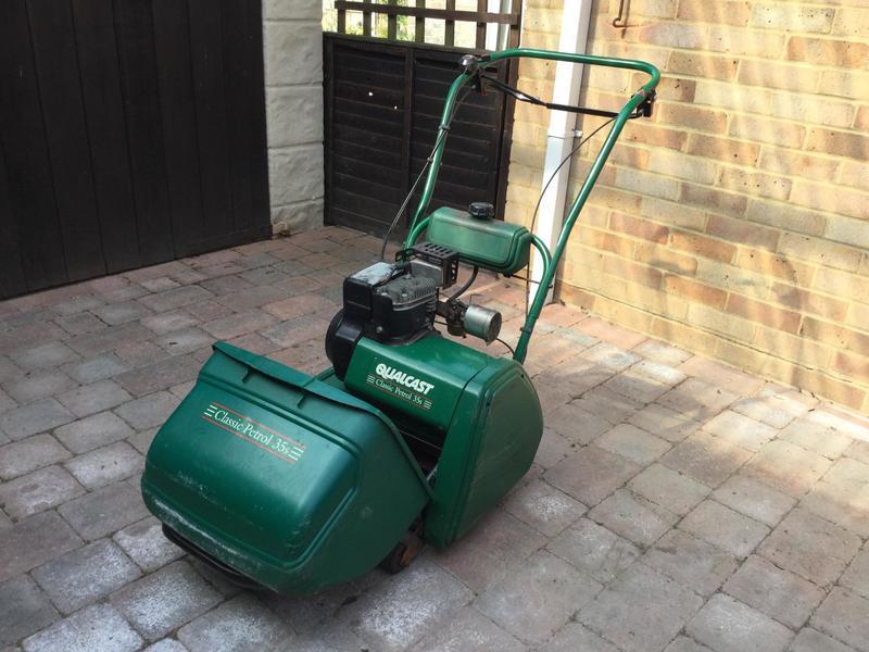 Qualcast Classic mower