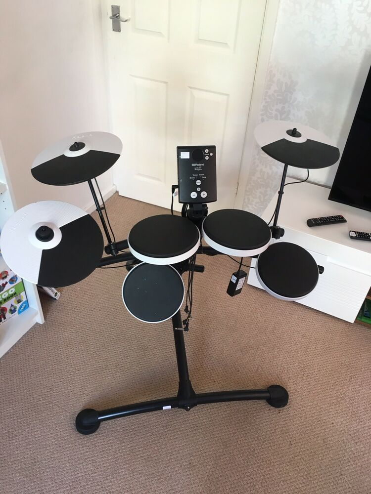 Roland: TD-1K Electronic Drum Kit Drums Instrument NEEDS