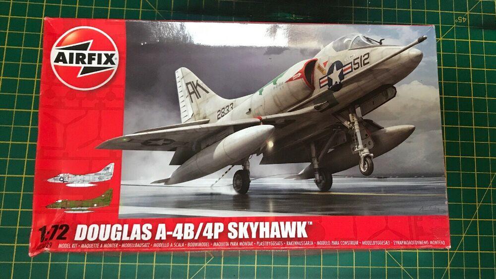 DOUGLAS A-4B / 4P SKYHAWK 1:72 SCALE BY AIRFIX