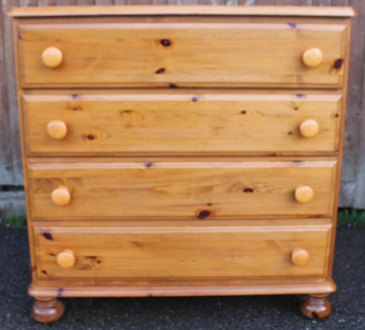 Ducal 'Victoria' Pine Chest of Drawers