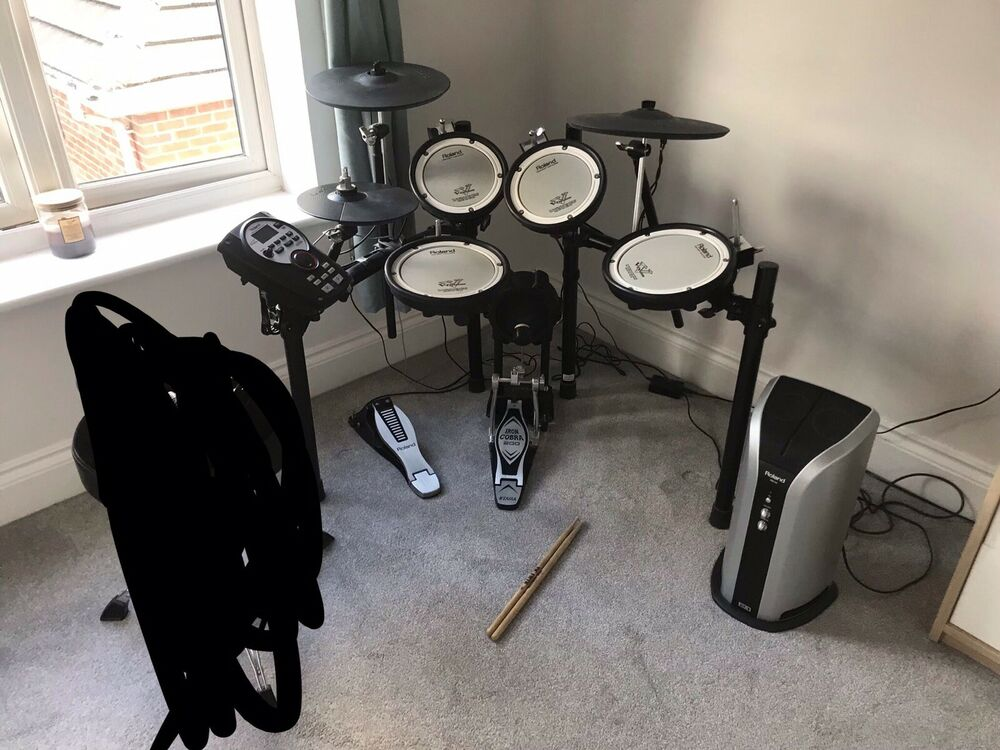 Roland TD11 Electronic Drum Kit and PM03 Amp