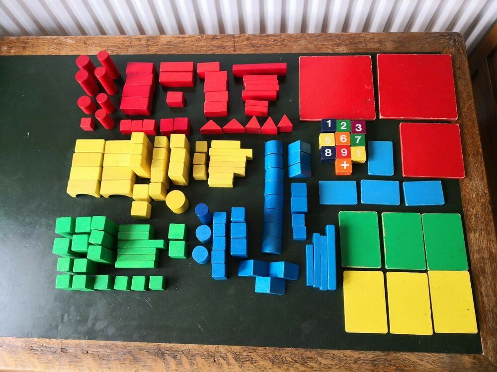 148 pieces Wooden Building Blocks, vintage toy blocks, great
