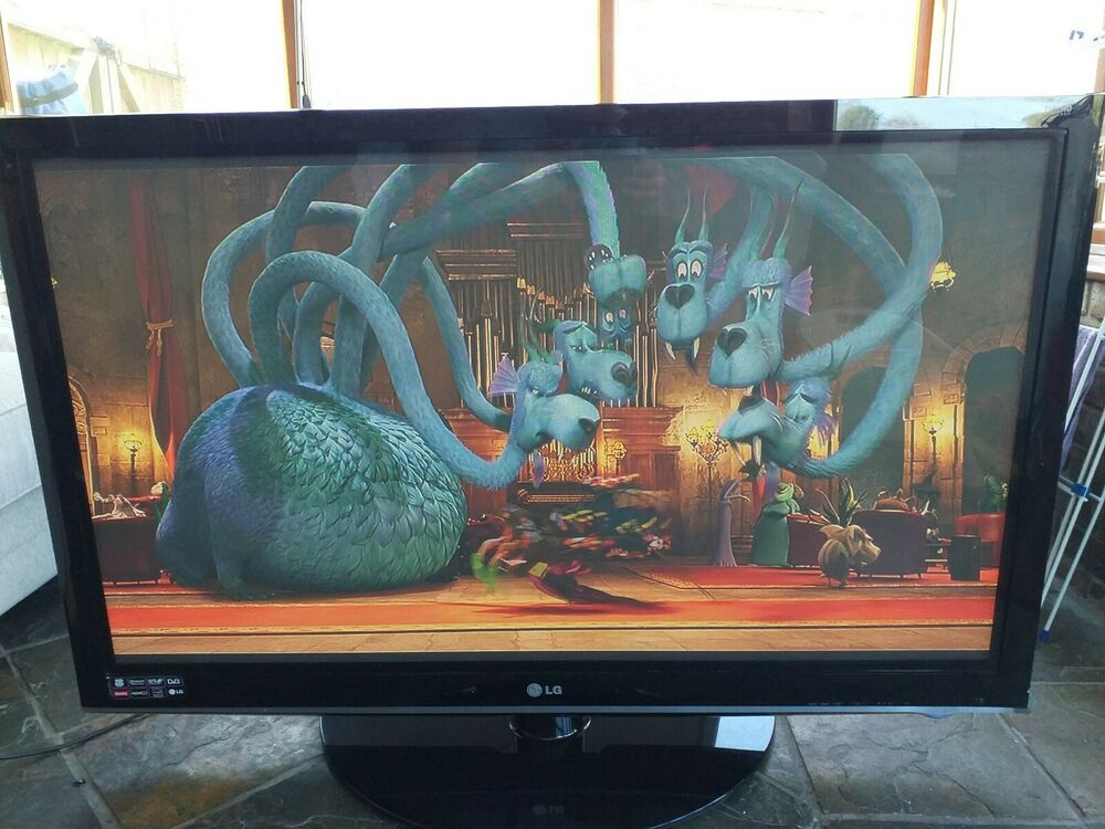 LG 50 Inch Plasma TV with remote - 50PS