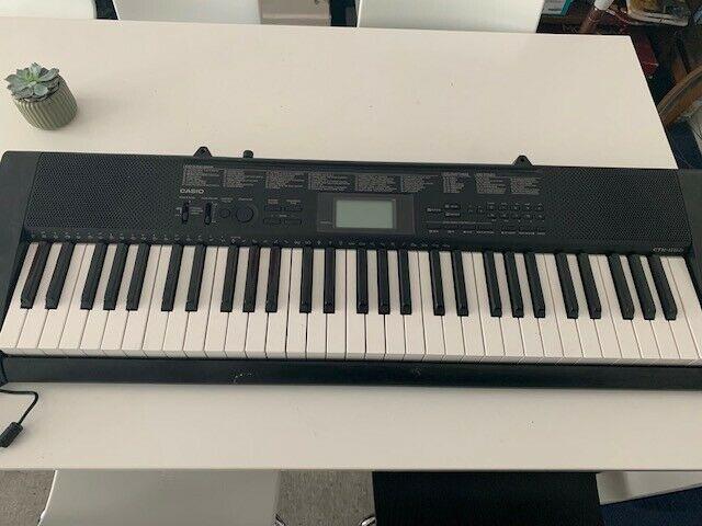 Casio CTK- Full Size Starter Keyboard - 61 Keys