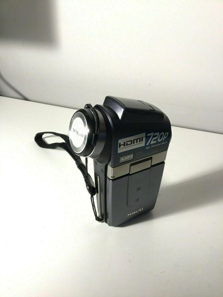 SANYO VPC-HD2 Camcorder SD card memory pop up flash no