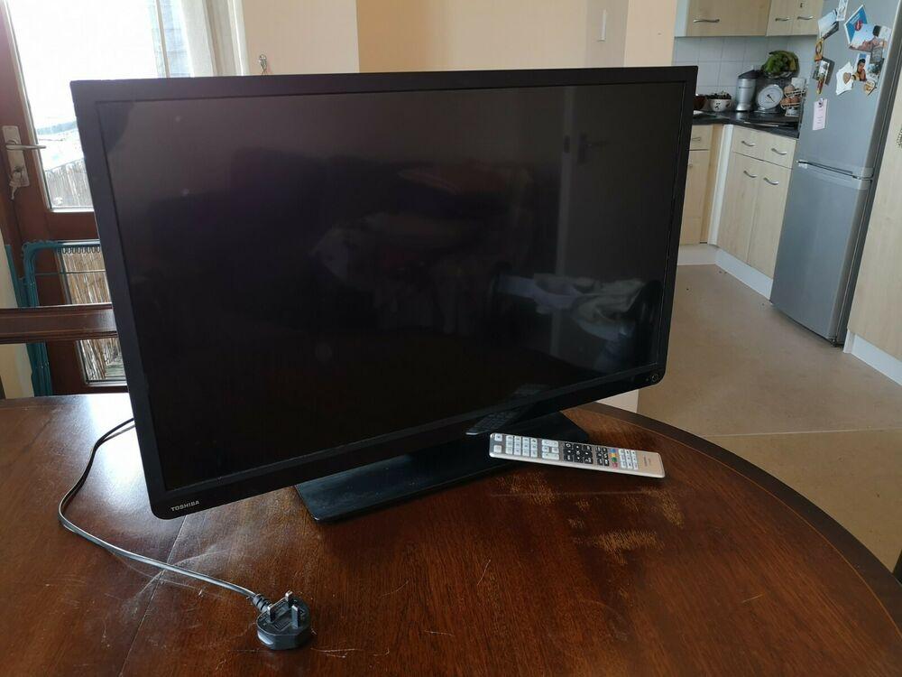 Toshiba Smart TV 32 inch 32WDB good condition