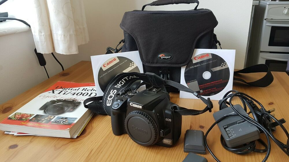 Canon EOS 400D 10.1MP Digital SLR Camera - Black with bag