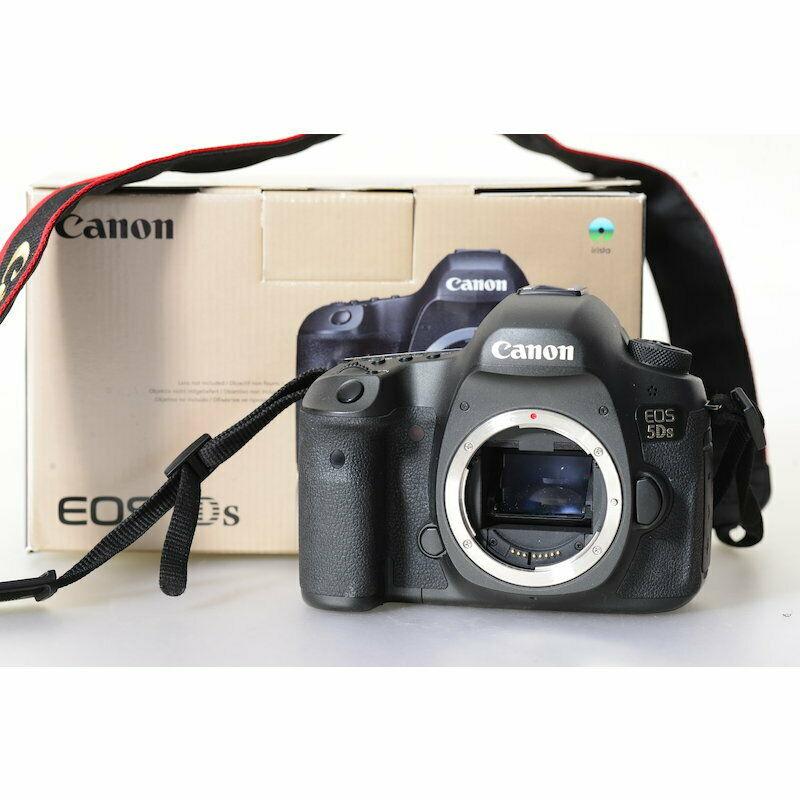Canon Eos 5ds Digital Camera / 50.6 Mp DSLR Camera/ Case/