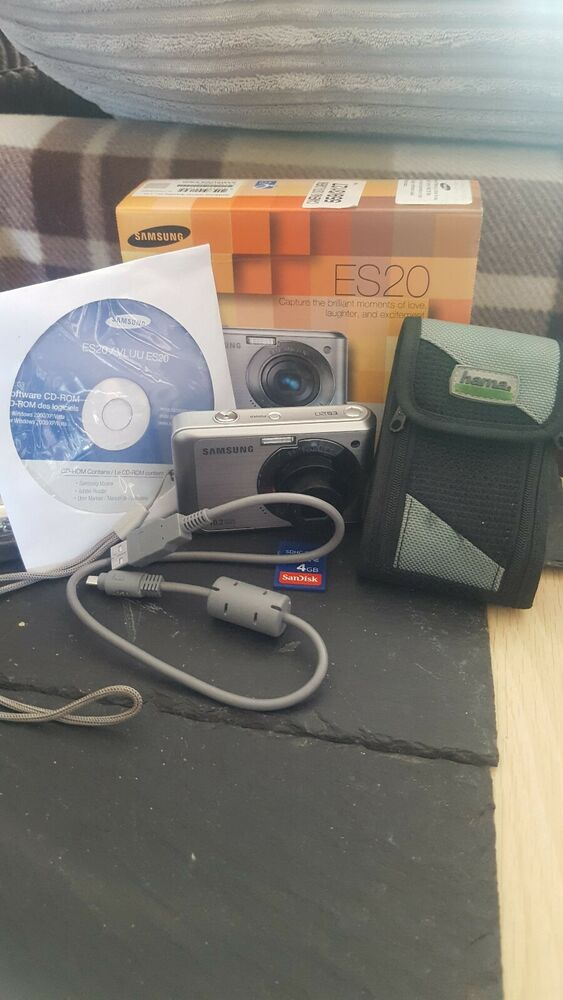Samsung ES Series ESMP Digital Camera silver