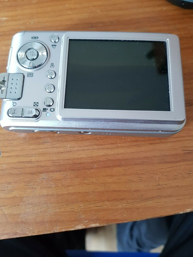 Samsung L Series L MP Digital Camera Silver No