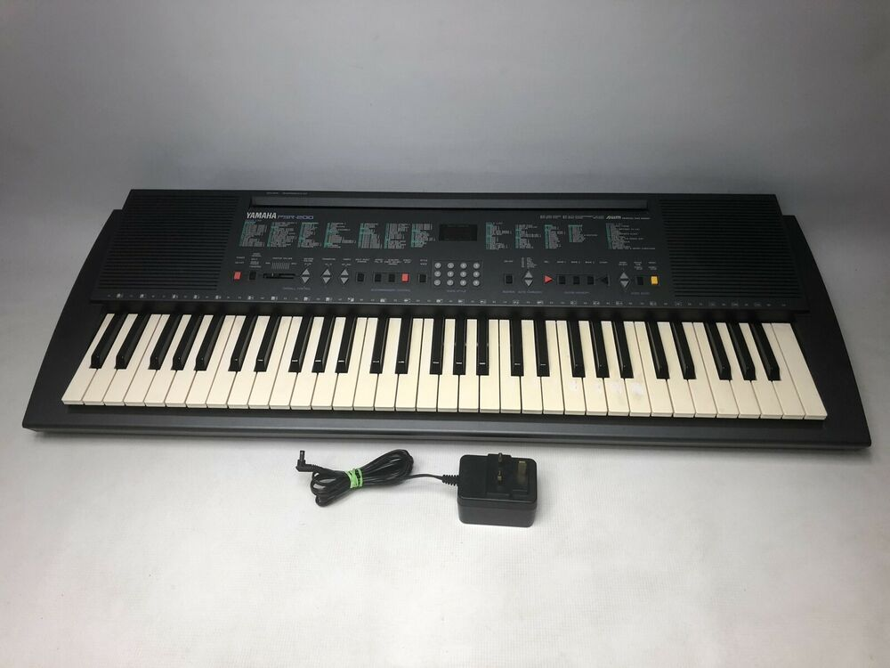 YAMAHA PortaTone PSR-200 Electronic Keyboard 61 Keys & Mains