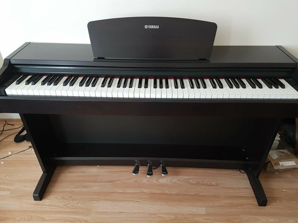 Yamaha Ydp131 Digital Piano in Rosewood 88 weighted keys and