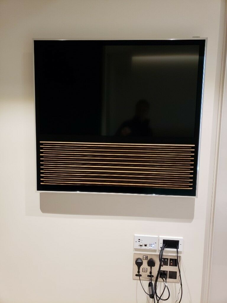 Bang & Olufsen BeoVision  (only used once)