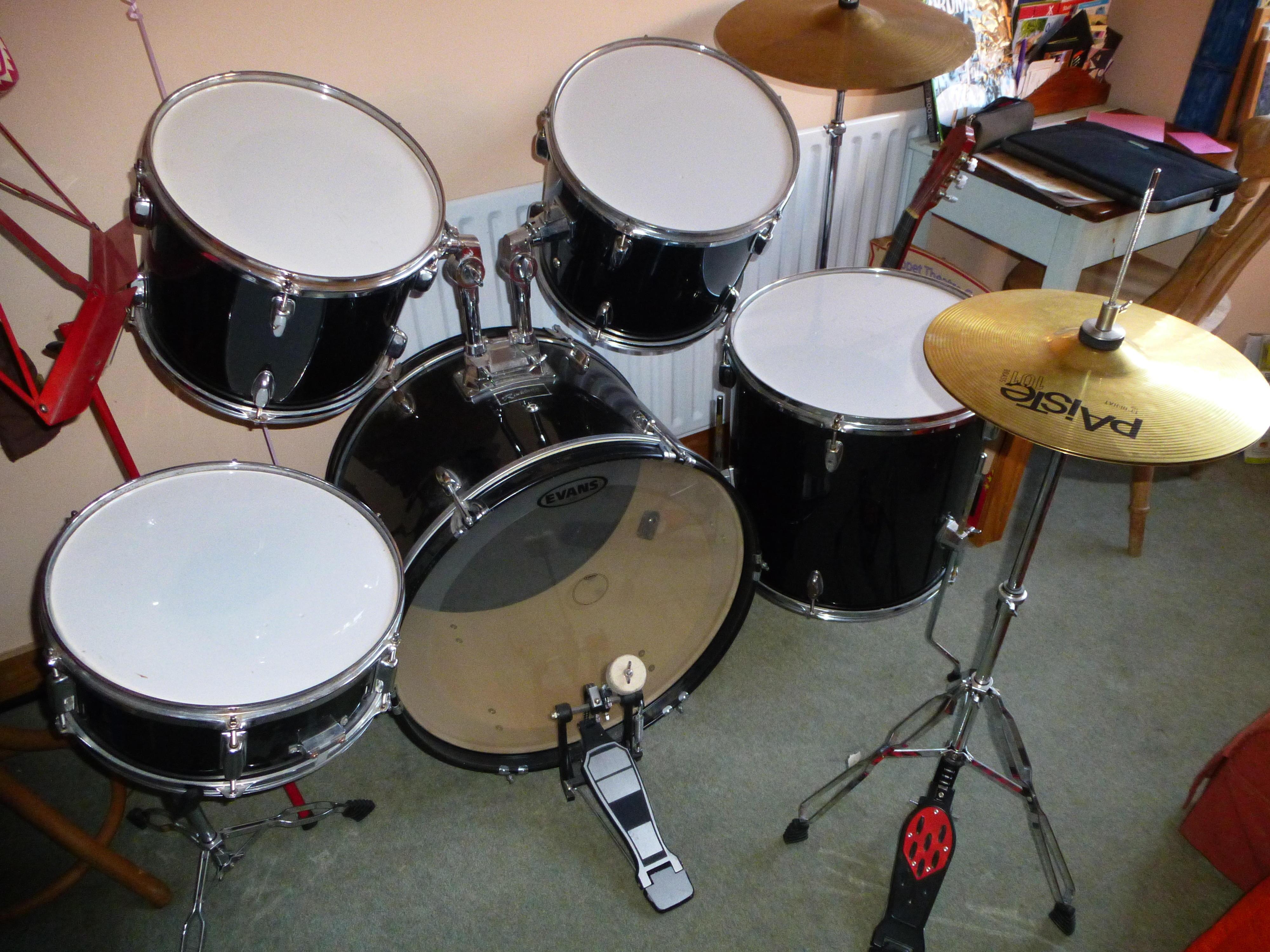 Full drum kit by Rockburn