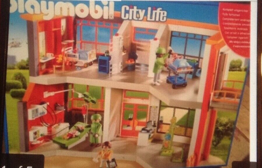 PLAYMOBIL  City Life Furnished Childrens Hospital Age 4