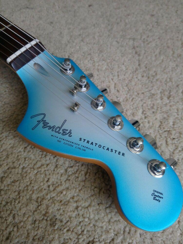Fender Squire stratocaster 20th Anniversary Sky Burst Blue