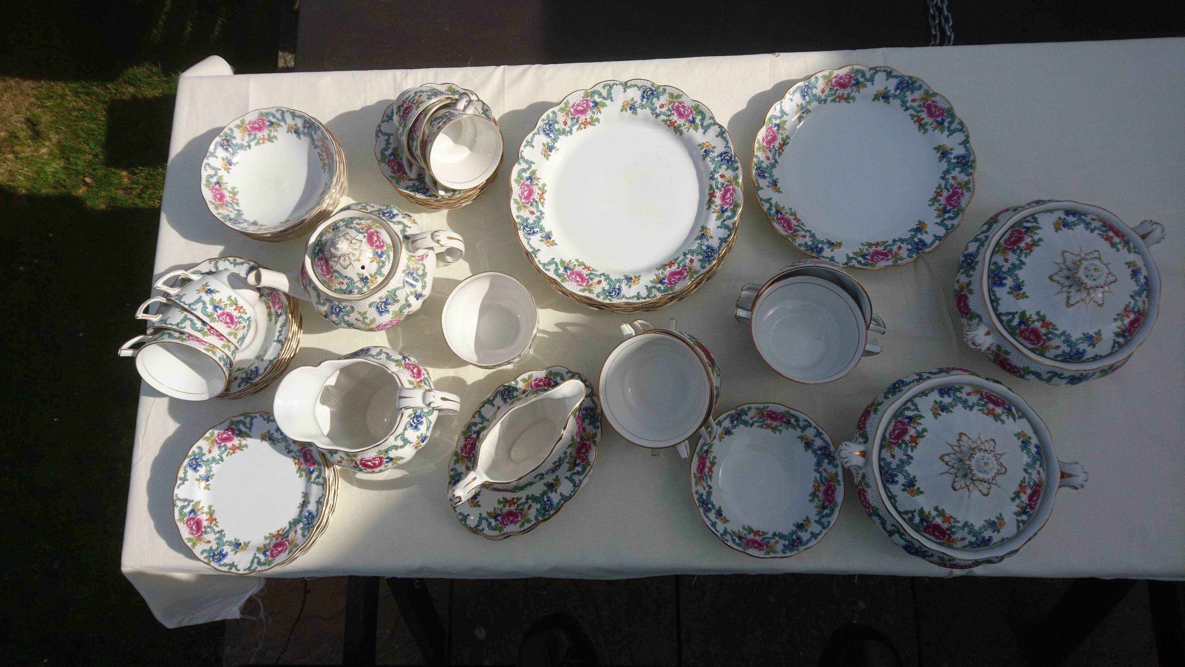 Booths Flora Dora 51 piece dining Tablelware set