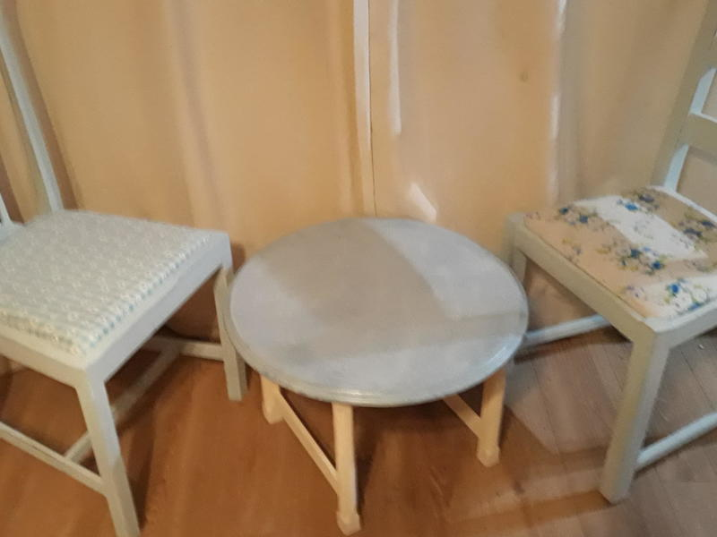 Small coffee table and two chairs