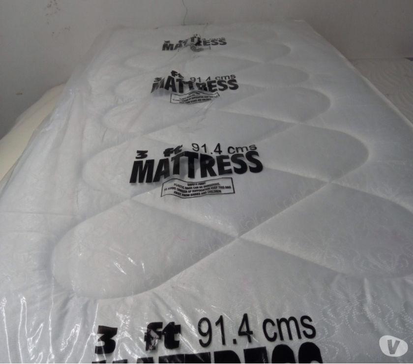 New Single Bed (divan base+deep quilt mattress)