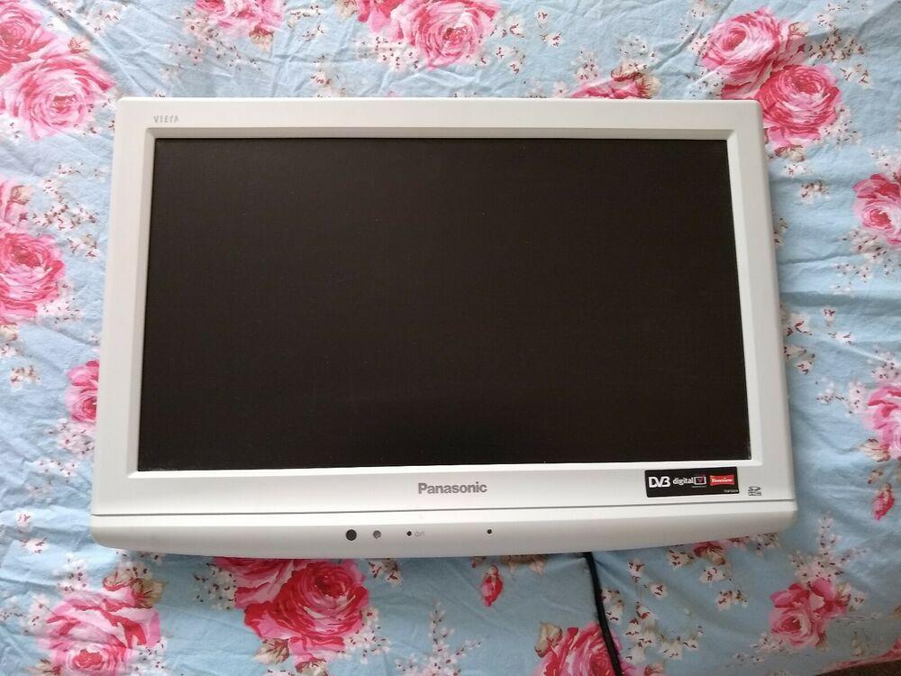 Panasonic 19in LCD TV in White TX-L19C20BW