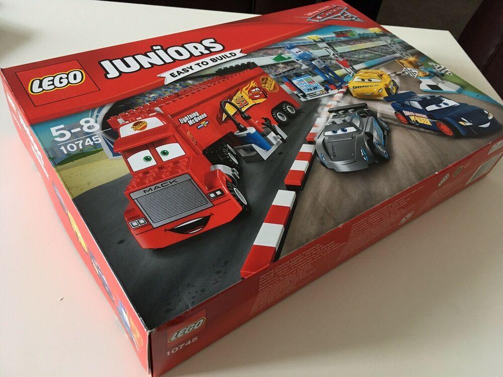 LEGO JUNIORS  Florida 500 Final Race Disney Pixar Cars