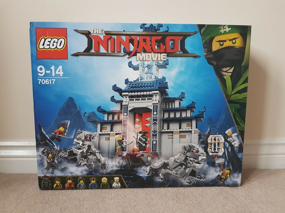 LEGO  Ninjago Temple of The Ultimate Weapon - Brand New