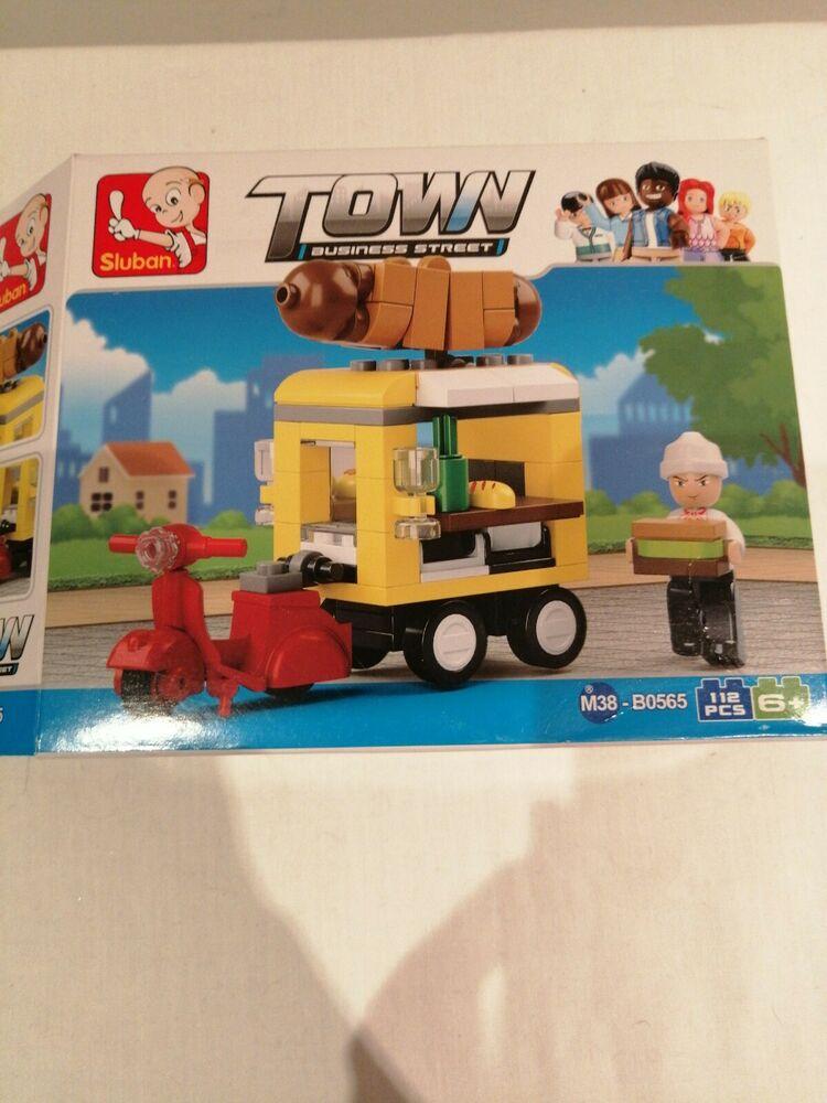 Sluban SlubanM38-B Hot Dog Dining Car Building Bricks