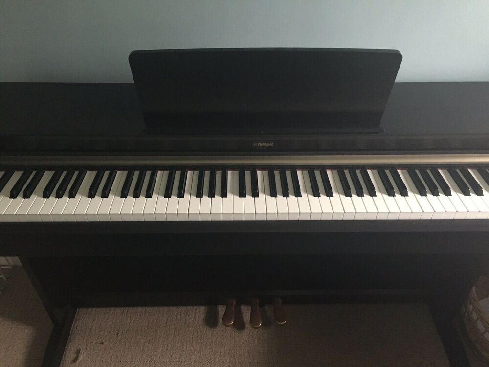 Yamaha YDP - 162 Aurius Digital Piano in Rosewood