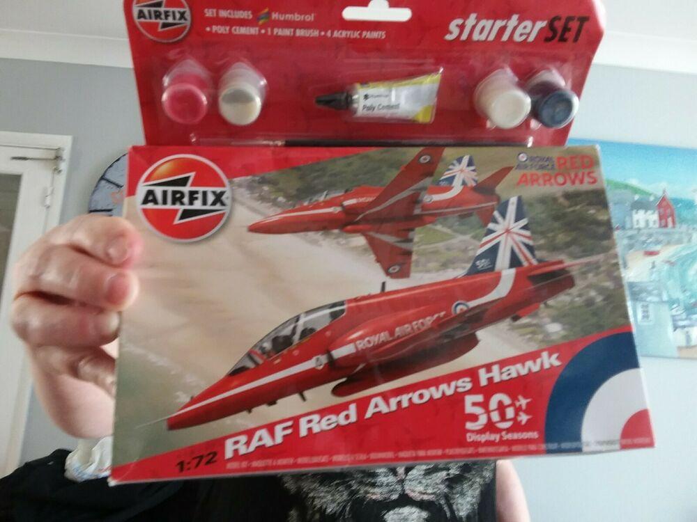 Airfix 1/72 Scale AA - RAF Red Arrows Hawk - Starter