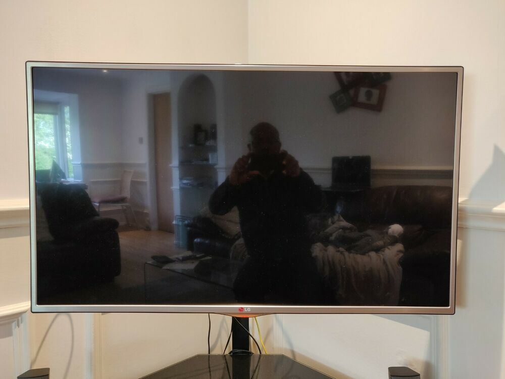 LG 42 inch Smart TV (non-working)