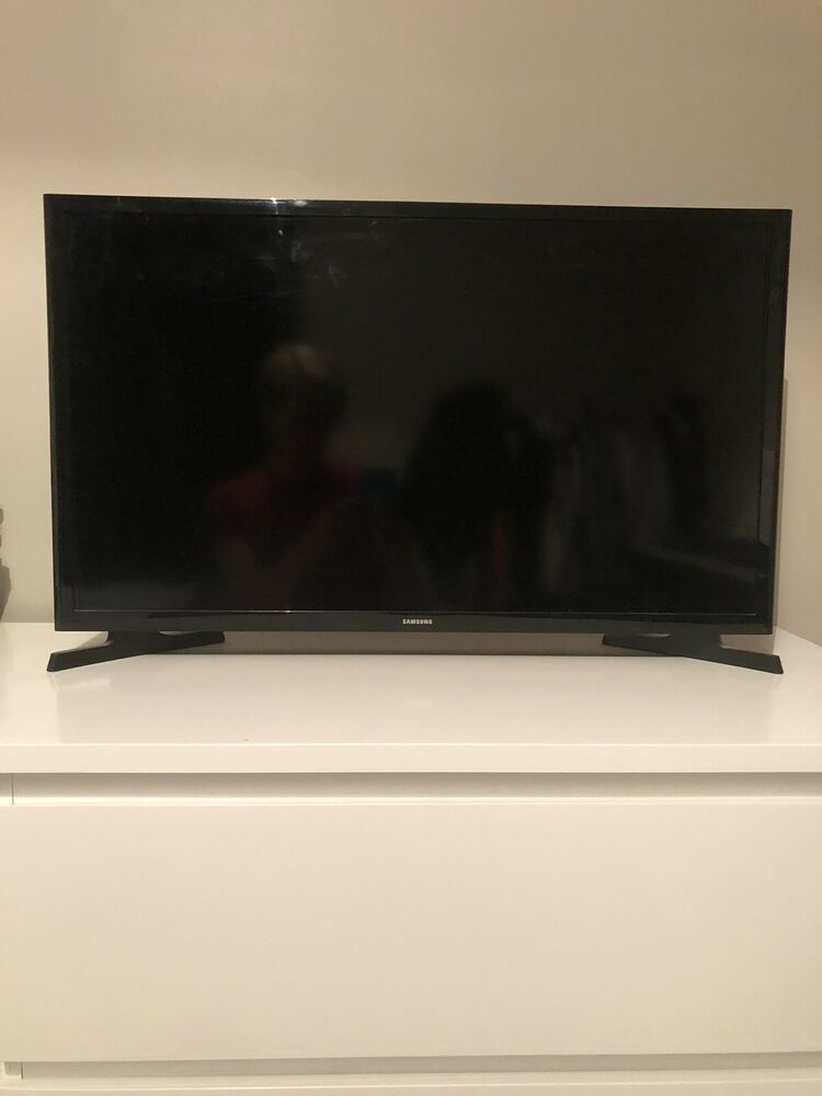 Samsung UE32NAKXXU 32 inch p Full HD TV With Cable