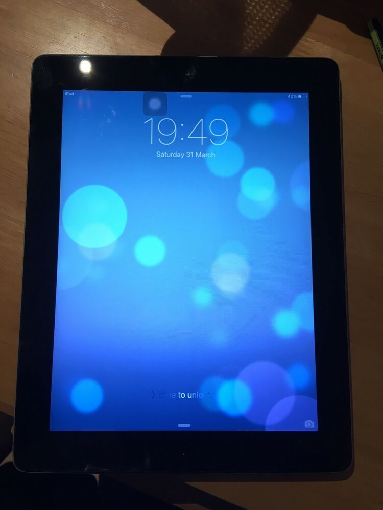 Apple iPad 2 32GB, Wi-Fi, 9.7in - Black good condition and