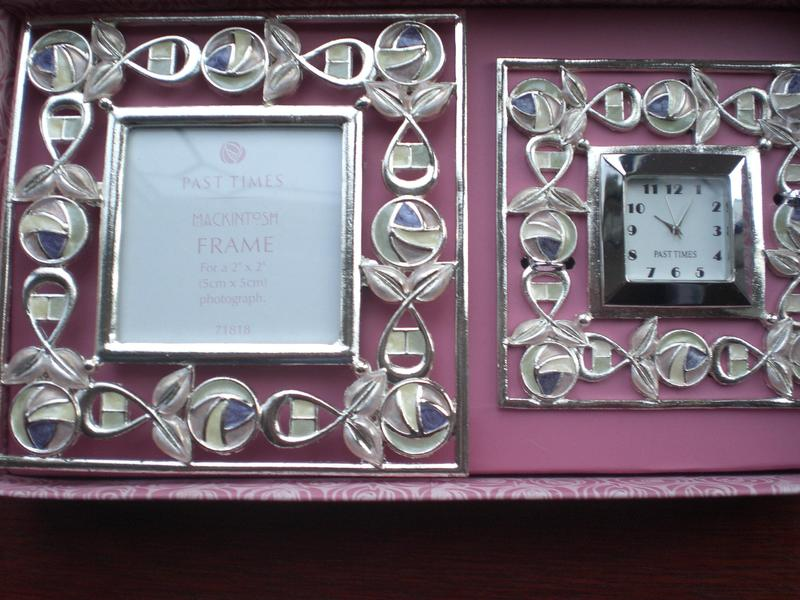 Past Times - Mackintosh Clock and photo frame set, New and