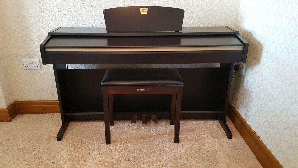 Yamaha CLP115 Clavinova digital Piano