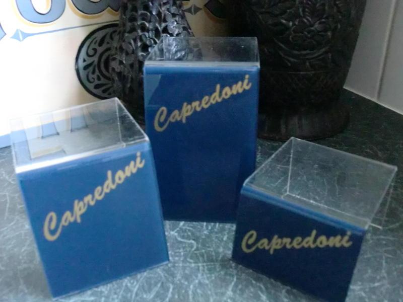 "set of 3 vintage /retro display stands ""Caprioni"""