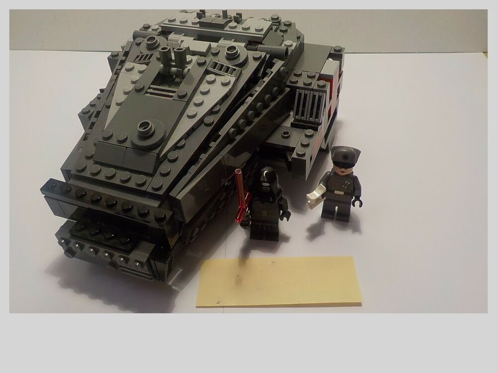 LEGO STAR WARS  KYLO REN COMMAND SHUTTLE &  WOOKIE