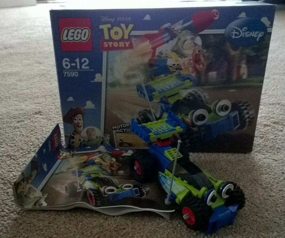 LEGO Toy Story  - Woody and Buzz to the Rescue. Motor