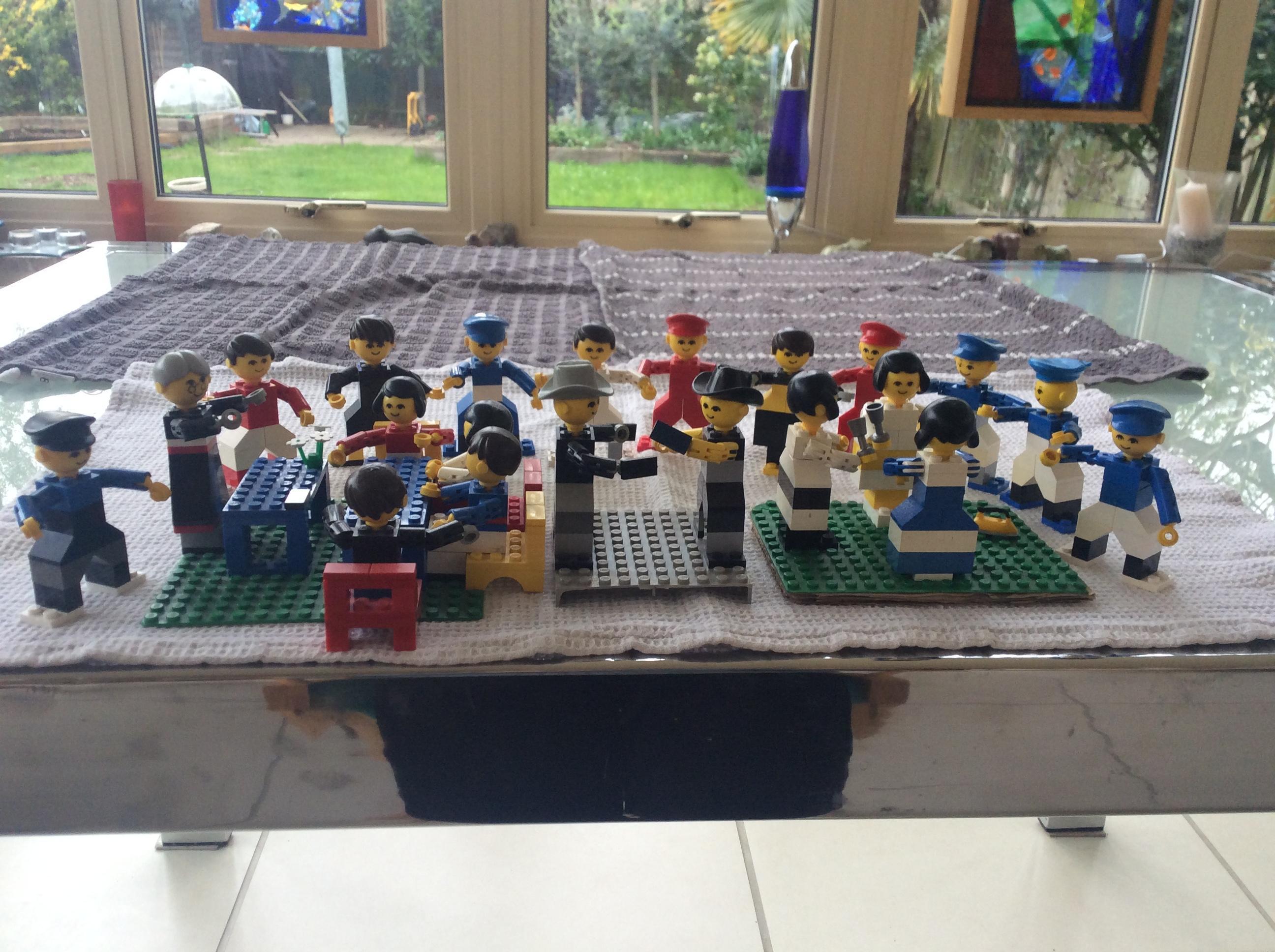 Lego set  (part set) School Room + figures