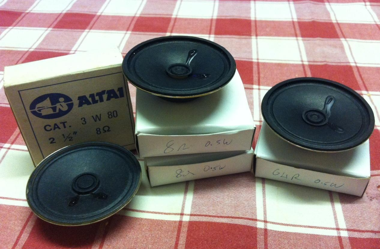 4 x Miniature Speakers (2.5 inch diameter) NEW and Boxed. -