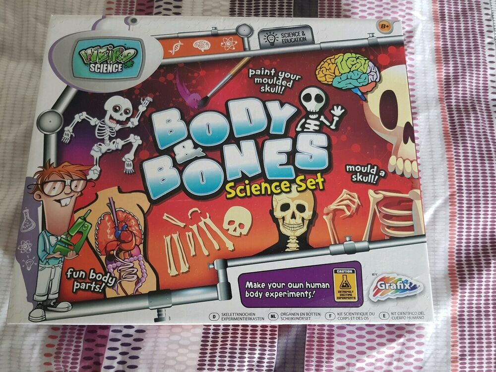 Grafix Weird Science Body And Bones science set brand new