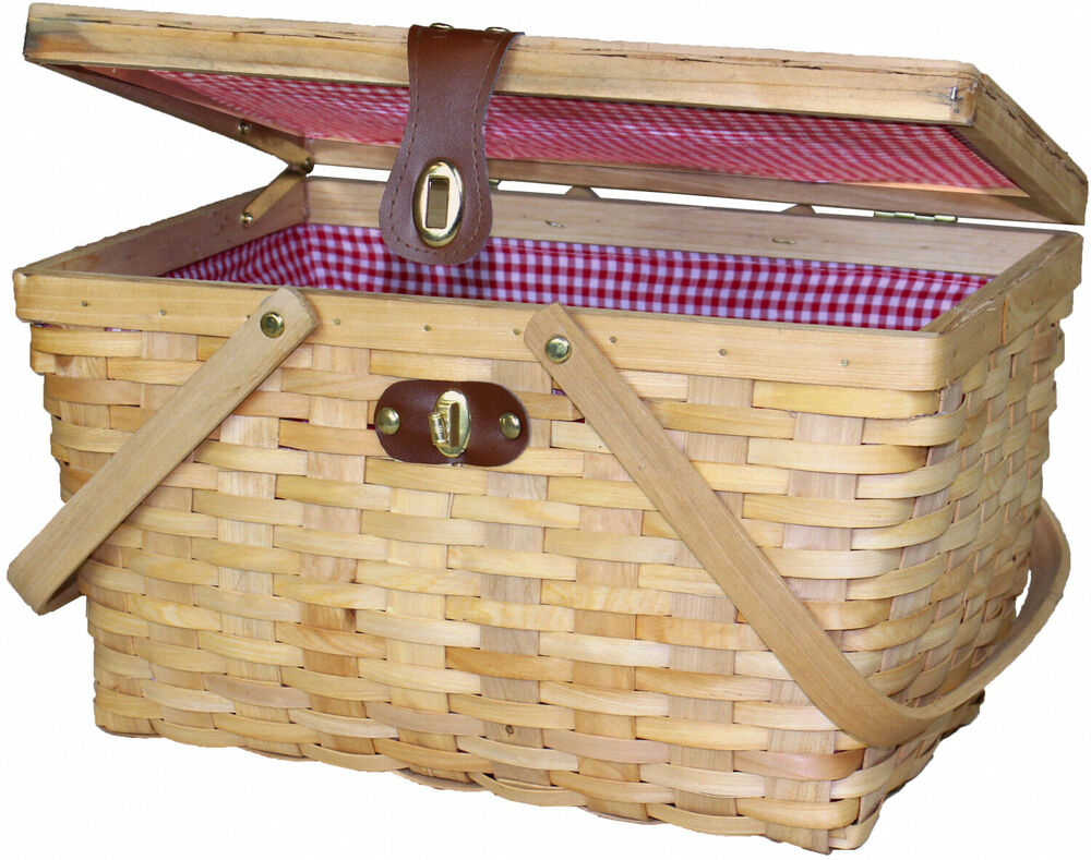 Retro Old Fashioned Picnic Basket Gingham Plaid Lined Woven